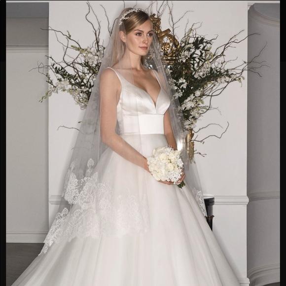 Romona Keveza Dresses & Skirts - Romona Keveza legends wedding dress